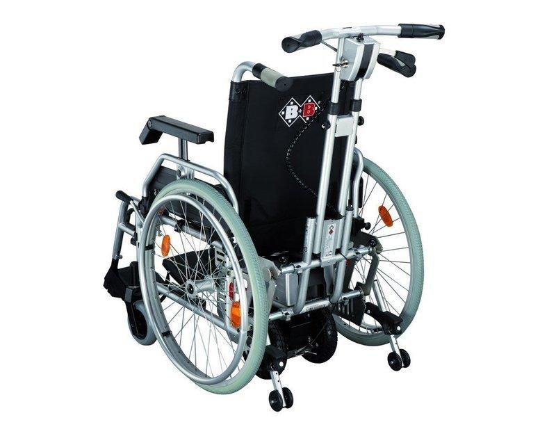 Työntöavustin pyörätuoliin
