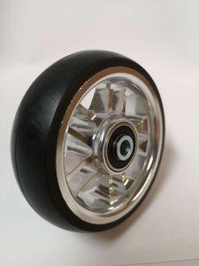 """Pyörätuolin tukipyörä 5"""" 100 x 32 mm 8-puolainen alumiinivanne ja umpikumirengas"""