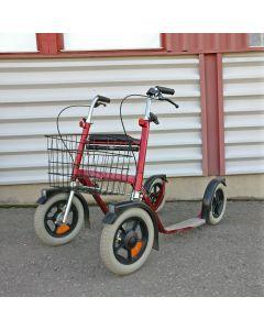 Käytetty ESLA potkupyörä, punainen
