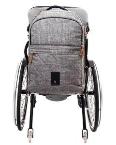 Kinetic Balance 30l reppu pyörätuolin selkänojan taakse